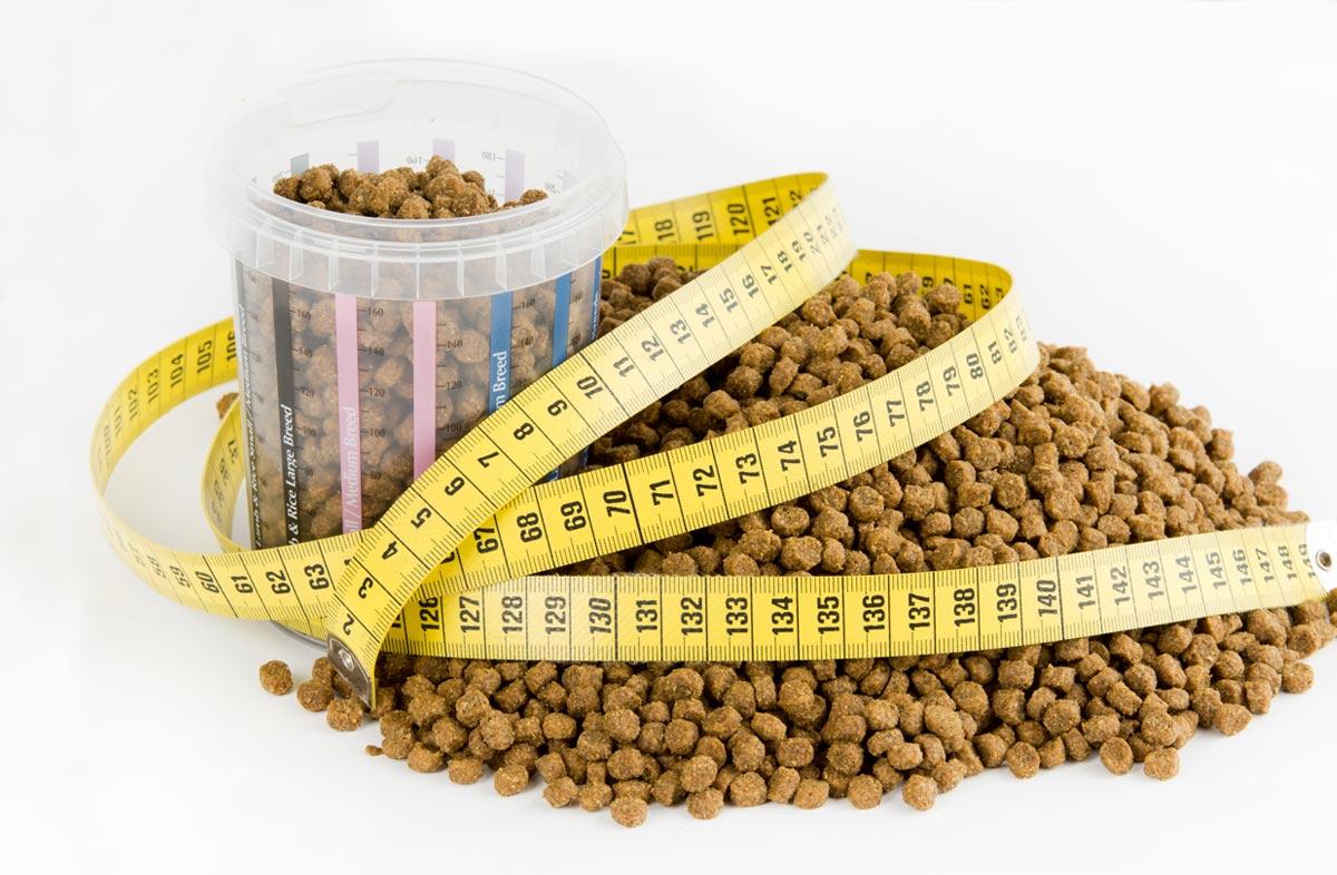 Как отмерить сухой корм